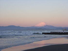 280px-Enoshima_west_beach_02.jpg